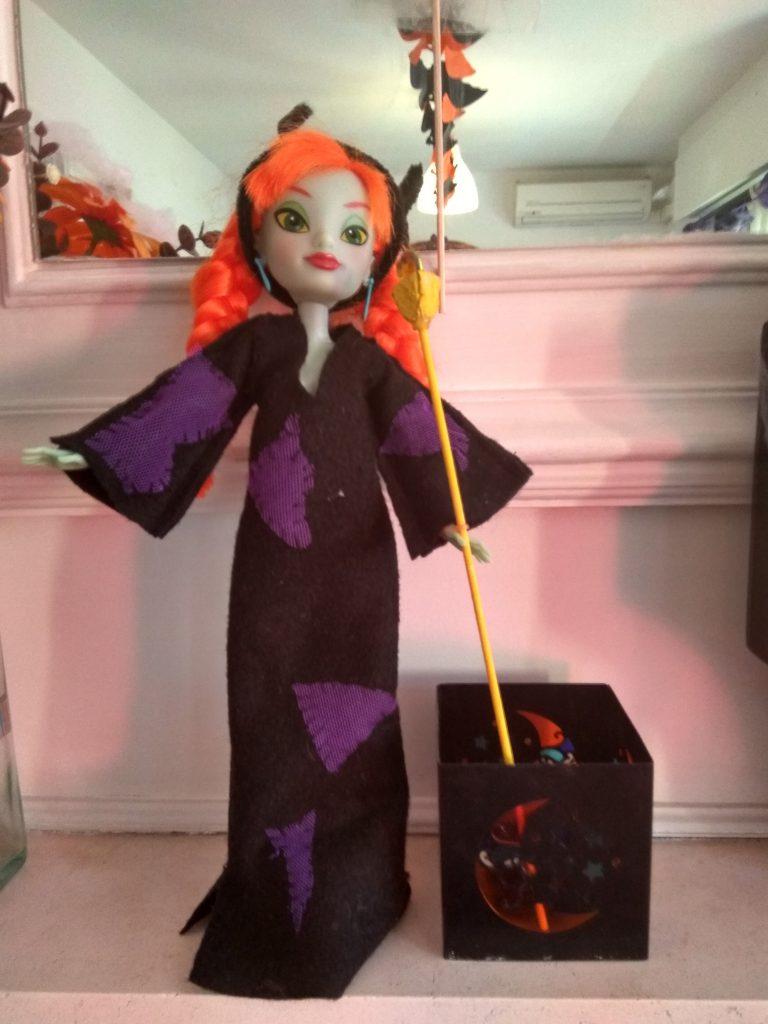 muñeca disfrazada de malefica